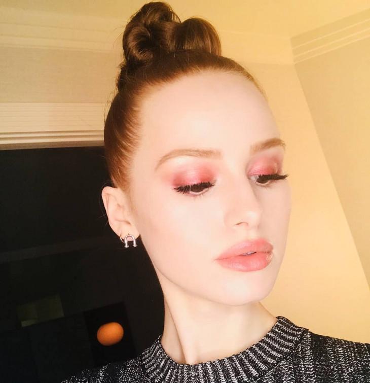 монохромный макияж