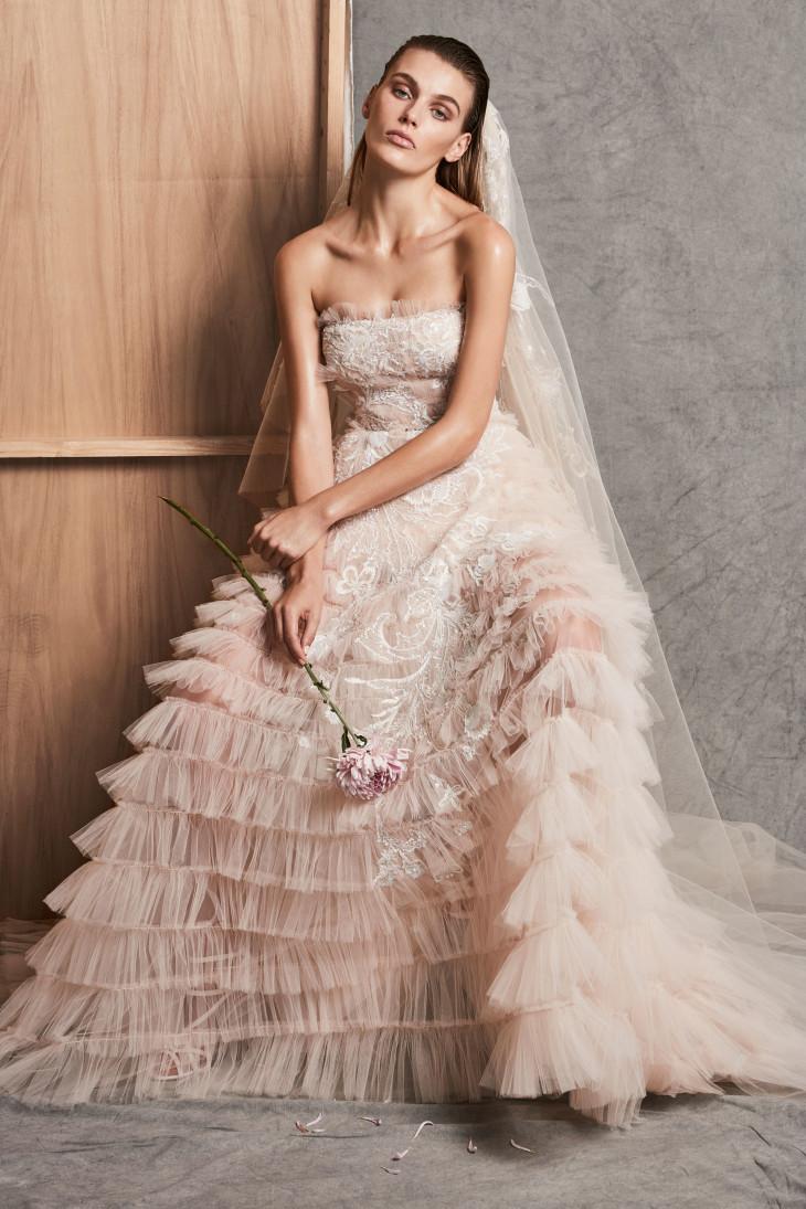 свадебное платье 2018 розовое