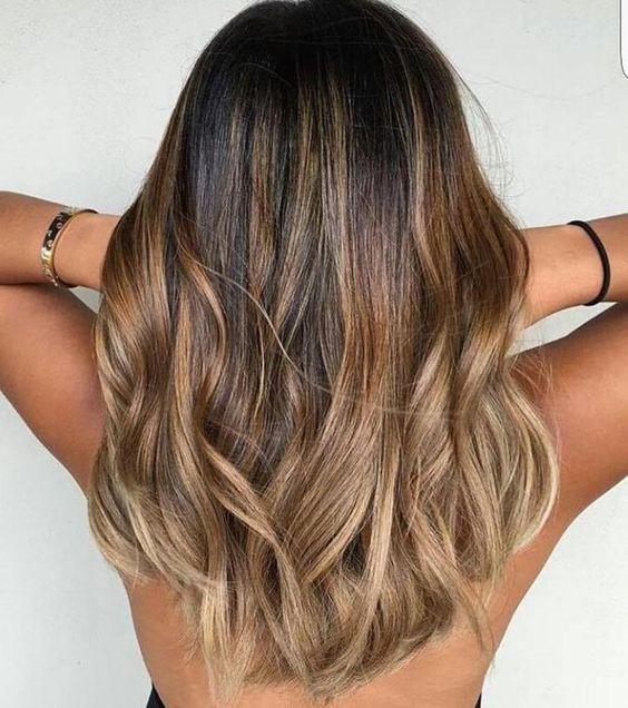 модное колорирование волос
