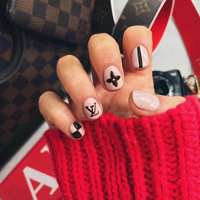 модный дизайн ногтей 2018 года