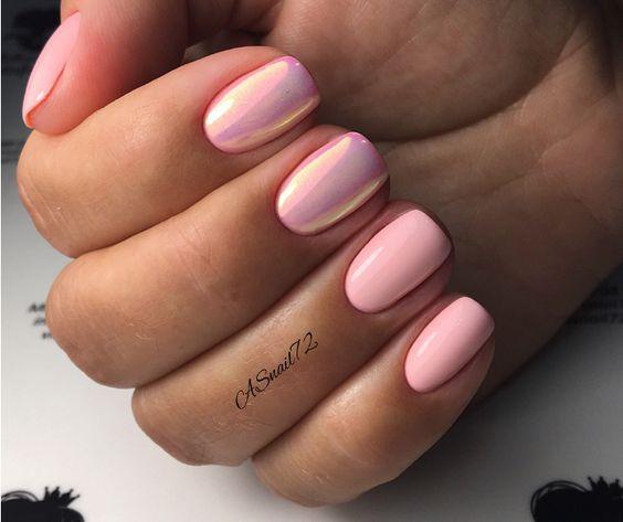 жемчужный маникюр в розовом цвете