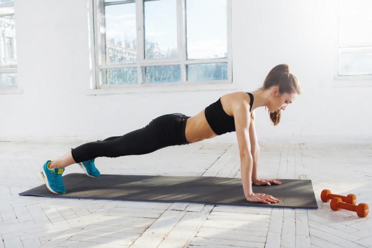 упражнения для рук без дополнительного веса
