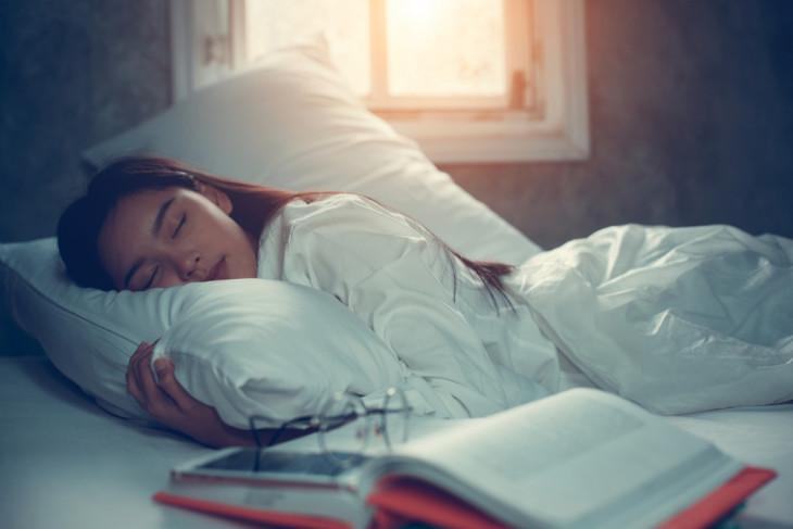 как уснуть читая книгу