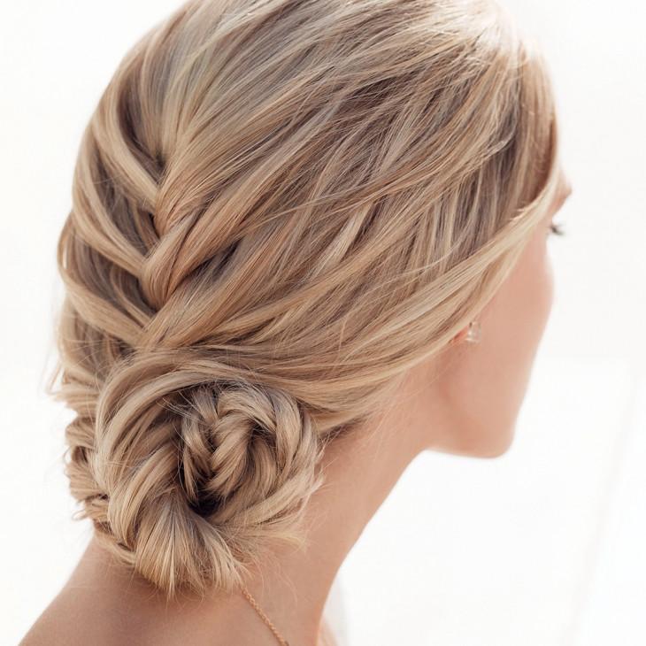 свадебные прически плетение на длинные волосы  2