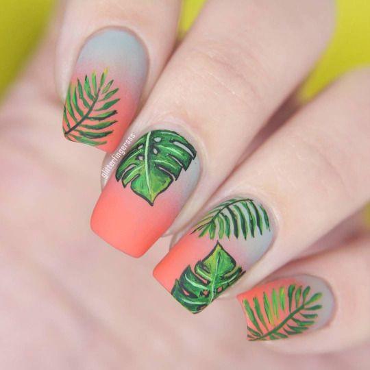 летний дизайн ногтей омбре с рисунком
