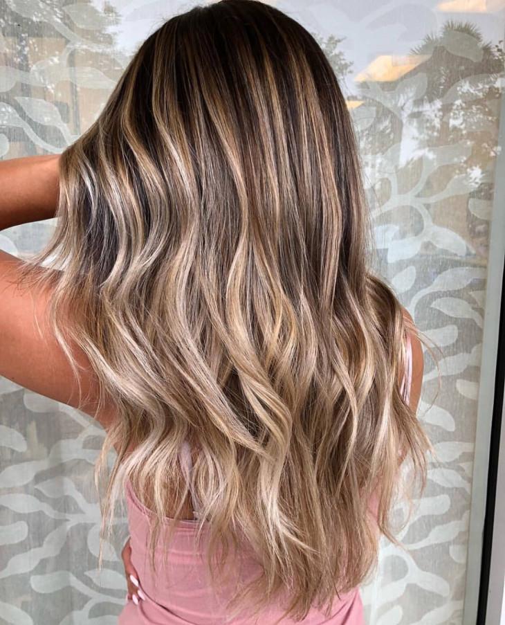 модный цвет волос осень 2018 - мелирование