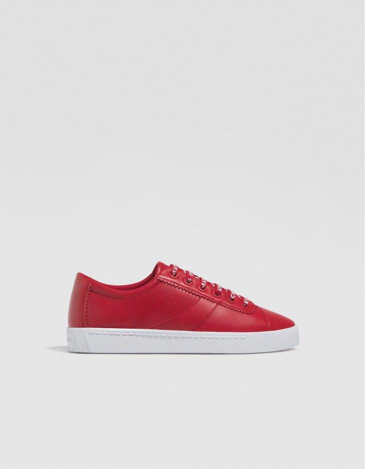 Красные кроссовки из эко-кожи страдивариус