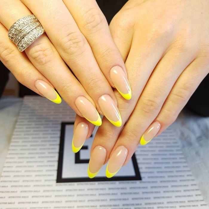 идеи желтого маникюра