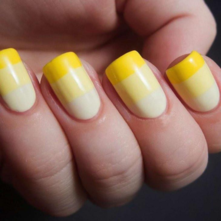 желтый маникюр с белым фото