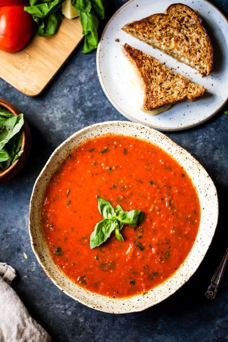 Острый мясной суп