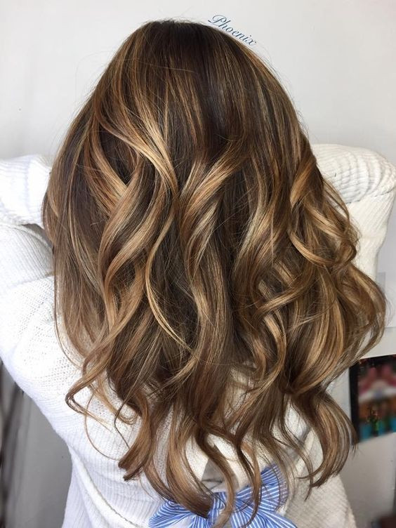 мелирование каштановых волос стильный варинт