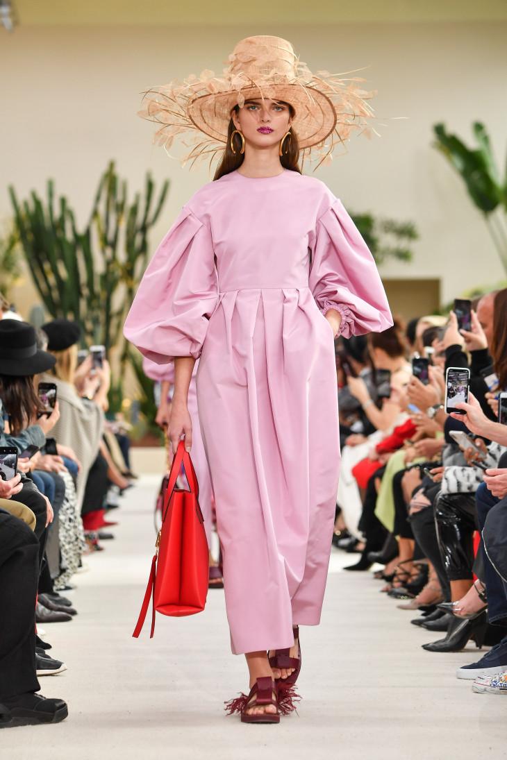 Коллекция Valentino весна-лето 2019 — новая глава в истории модного Дома новые фото