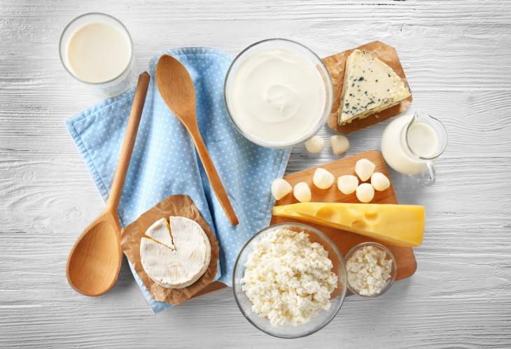 молочные продукты причины жирной кожи