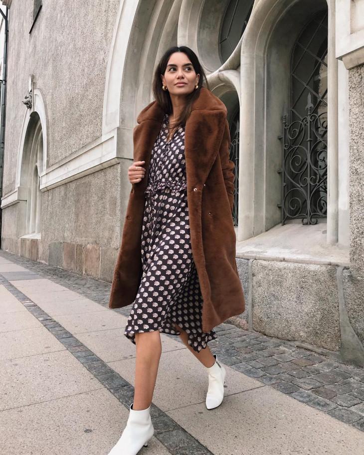 модный лук осень 2018 - плюшевое пальто