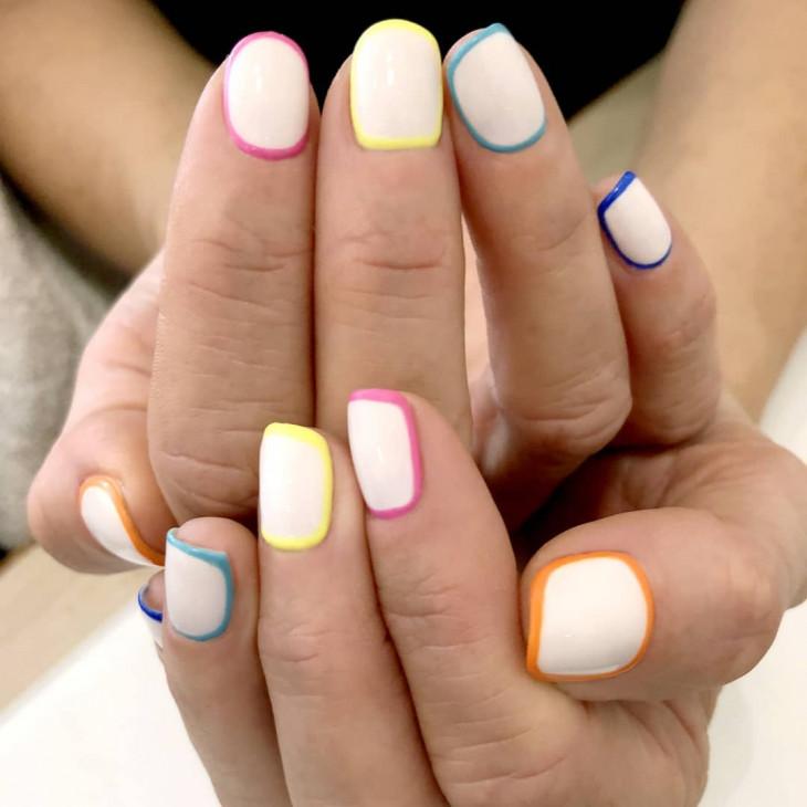 маникюр на короткие ногти рамка