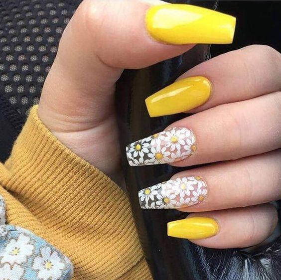 дизайн ногтей балерина желтый лак