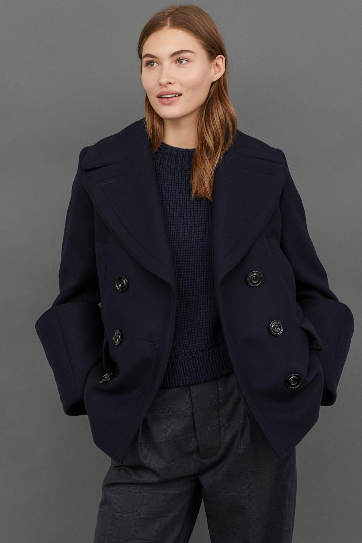короткое двубортное осеннее пальто