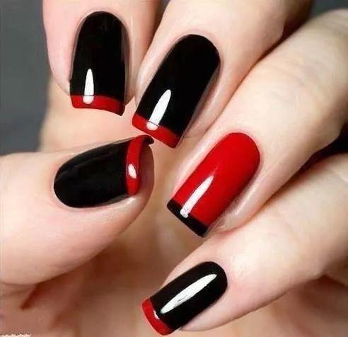 Красный маникюр: френч с красным и чёрным лаком