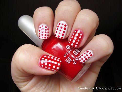 Дизайн красных ногтей: дотс