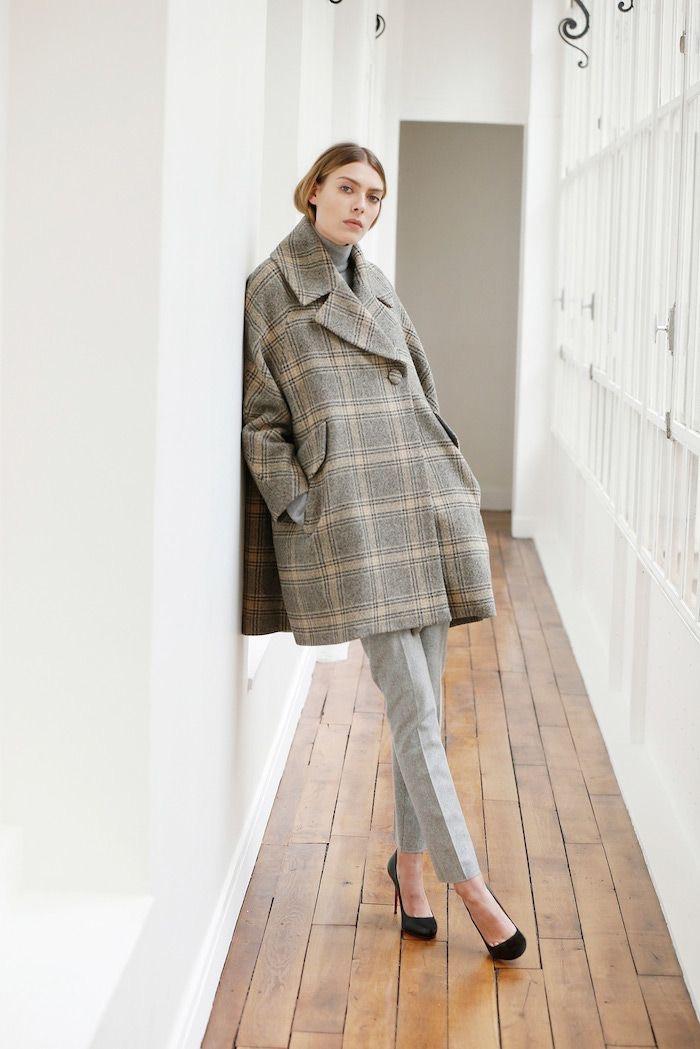 Двубортное оверсайз пальто