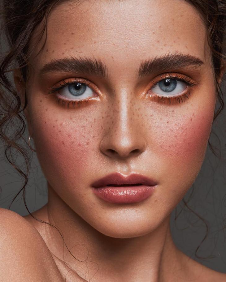 Как делать макияж лица сухая кожа