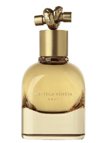 Новинки парфюмерии: аромат от модного дизайнера