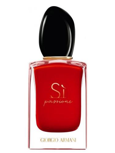 Новинки парфюмерии: ароматы от модных дизайнеров