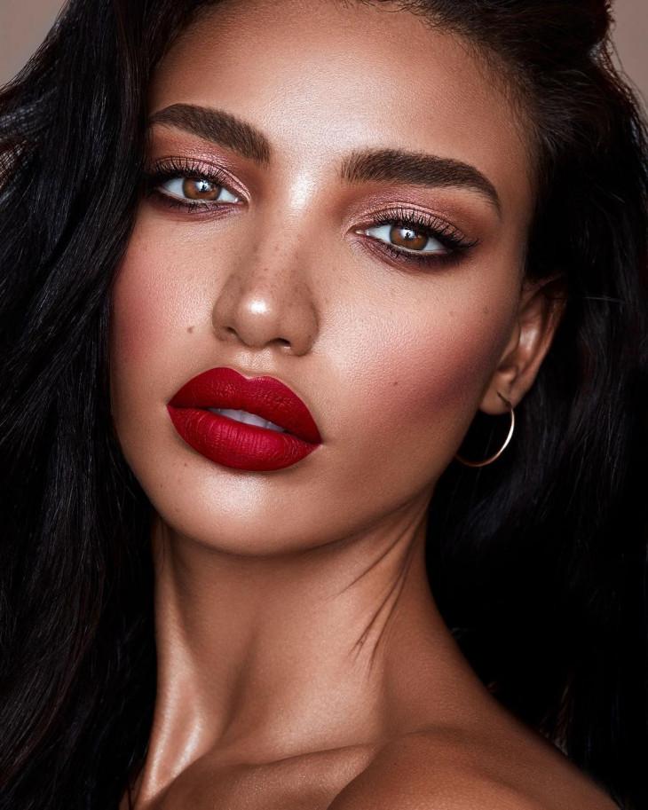 Красные губы тренды макияжа 2019