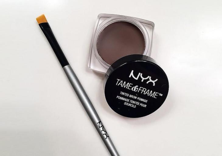 NYX Professional Makeup Tame & Frame Brow Pomade Помада для бровей