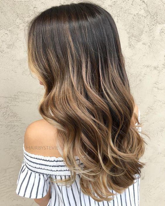 модный цвет волос Dirty brunette
