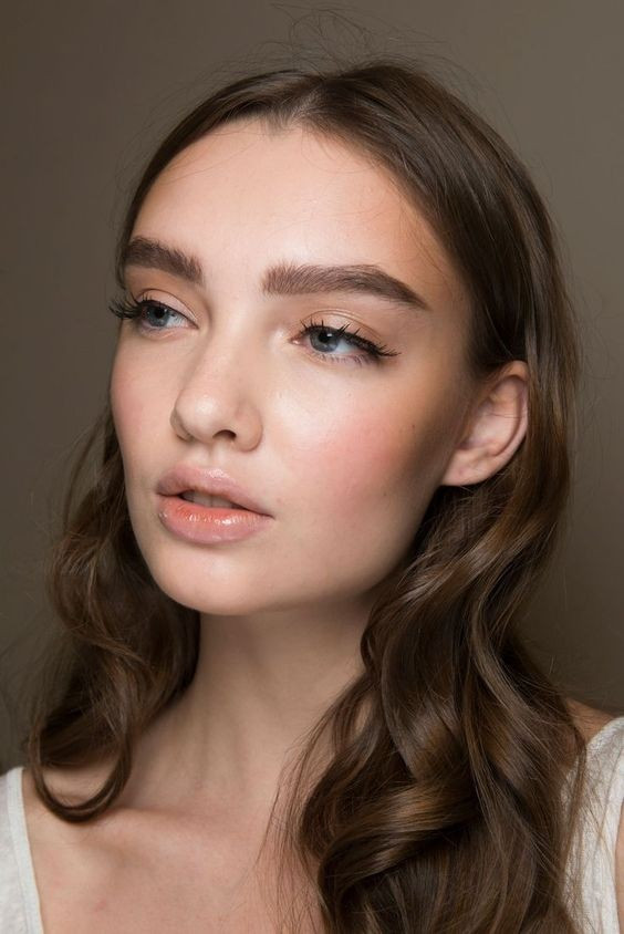 ошибки в макияже бровей