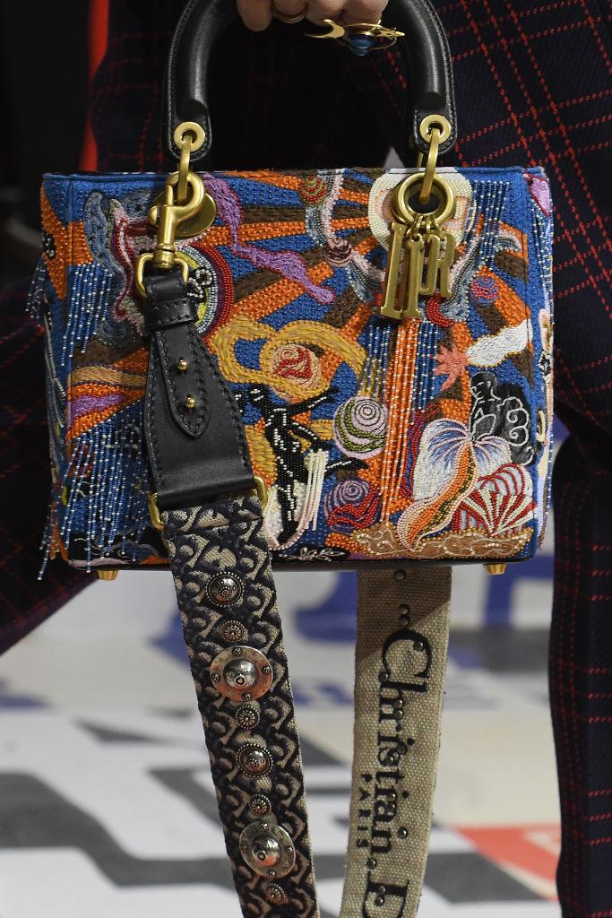принтованная женская сумка 2019 года