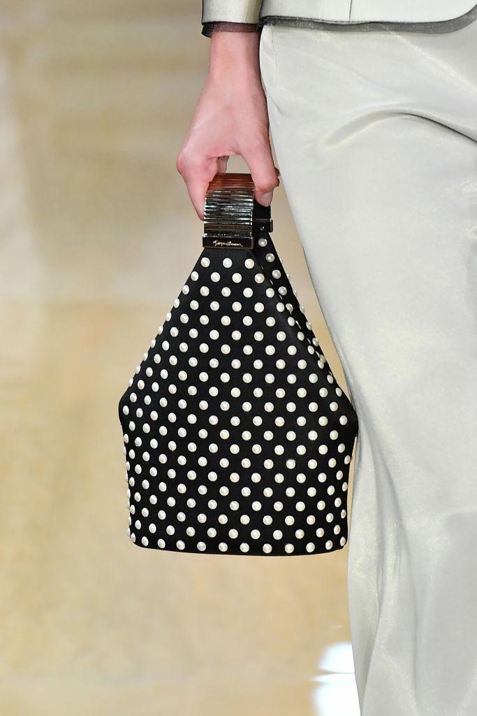 сумка необычной формы