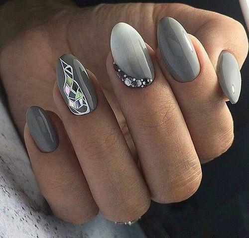 серый дизайн ногтей битое стекло