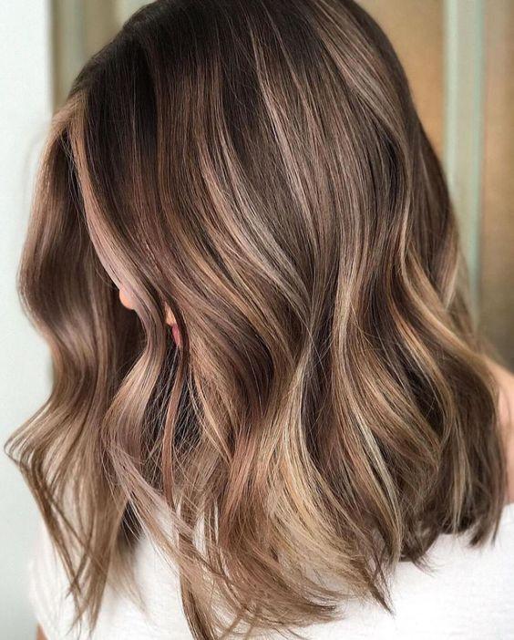окрашивание на каштановых волосах