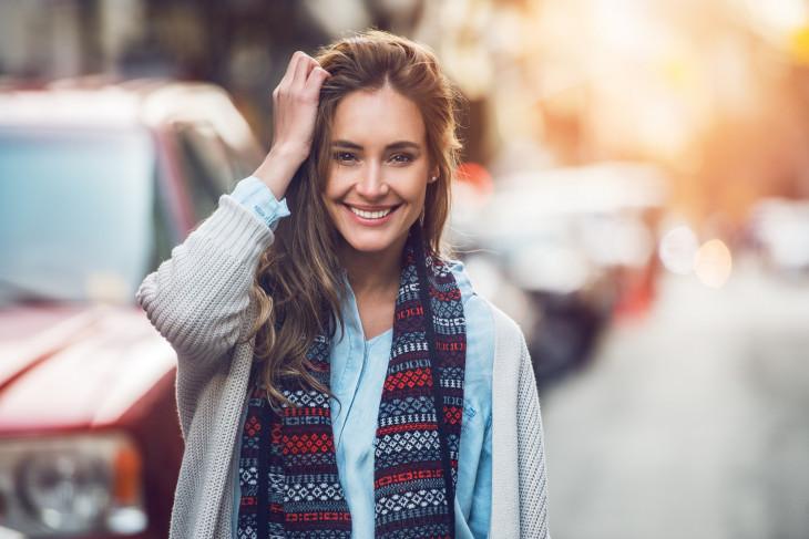 улыбка девушка