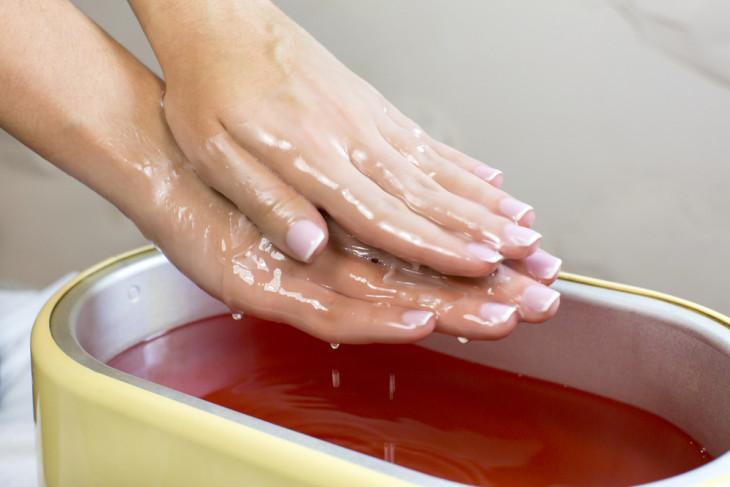 Спа-процедура горячей парафинотерапии для рук