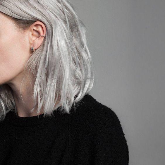 Окрашивание холодный блонд на коротких волосах