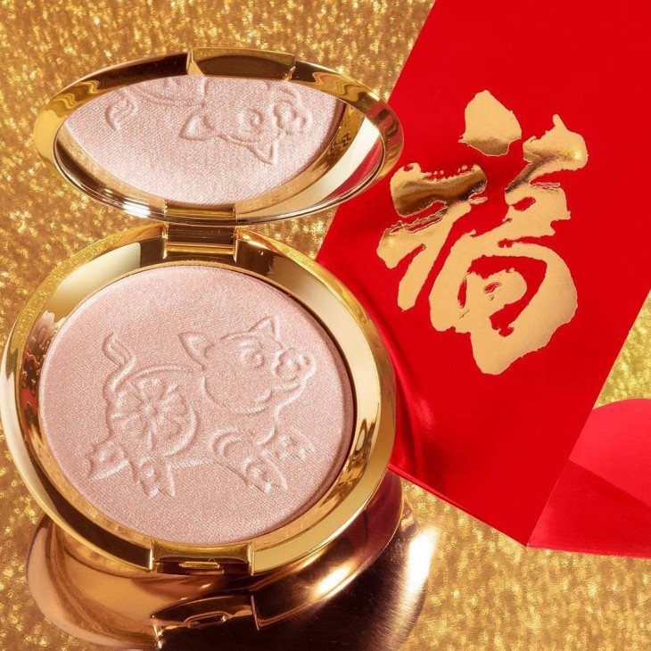 Новый хайлайтер Becca Shimmering Skin Perfector Pressed Highlighter Lunar New Year 2019