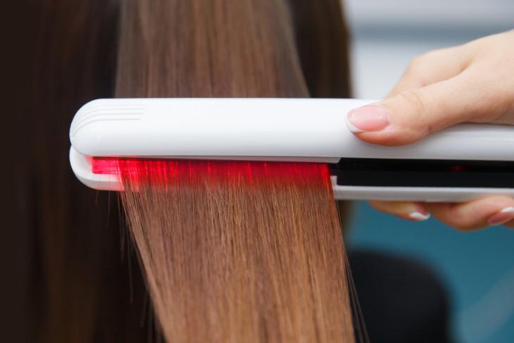 Процедура кератинирования волос