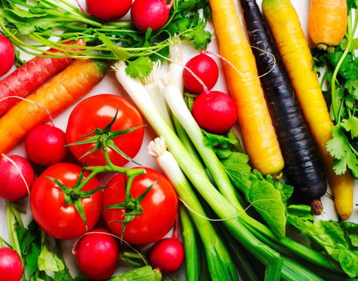 Здоровое питание помогает справиться с расширенными порами