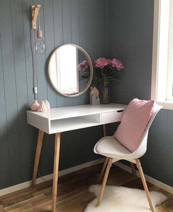 туалетный столик для макияжа