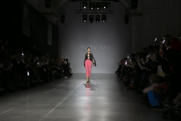Показ коллекции Mary Kay на Ukrainian Fashion Week