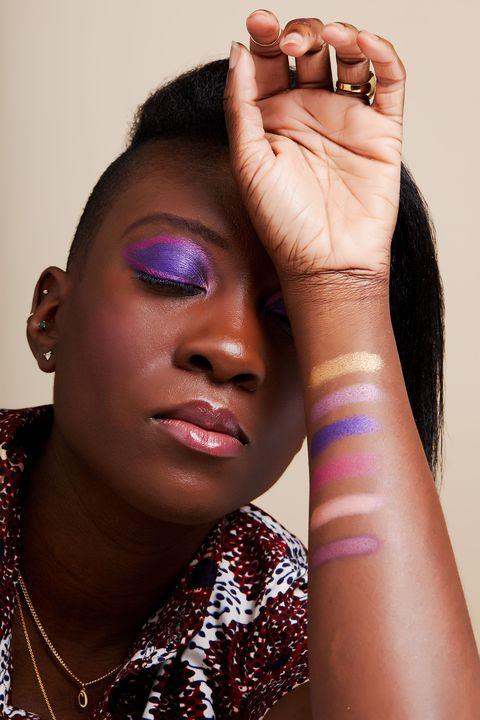 Свотчи Pat McGrath MTHRSHP Subversive La Vie En Rose Eyeshadow Palette