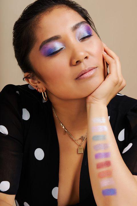 Свотчи Huda Beauty Obsessions Gemstone Eyeshadow Palette