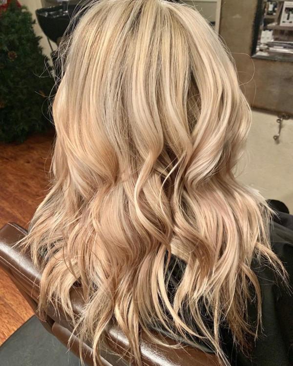 Цвет волос эгг-ног