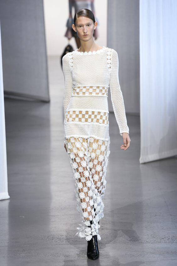 Модное платье 2019