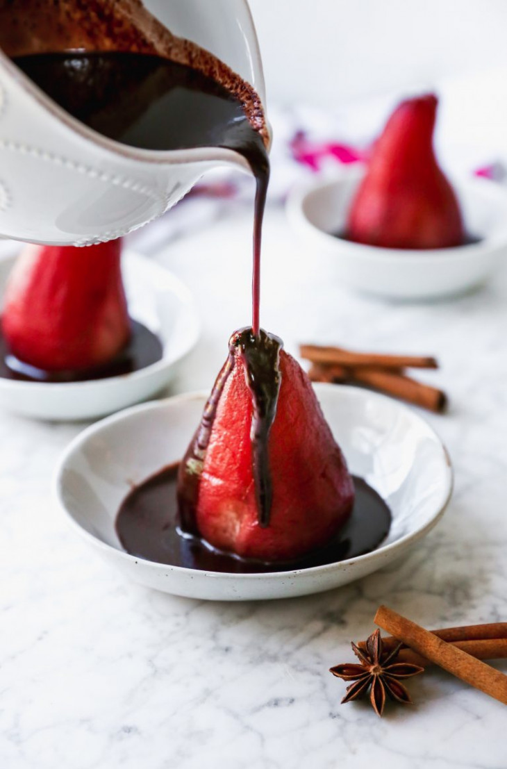Рецепт груши, томленой в красном вине
