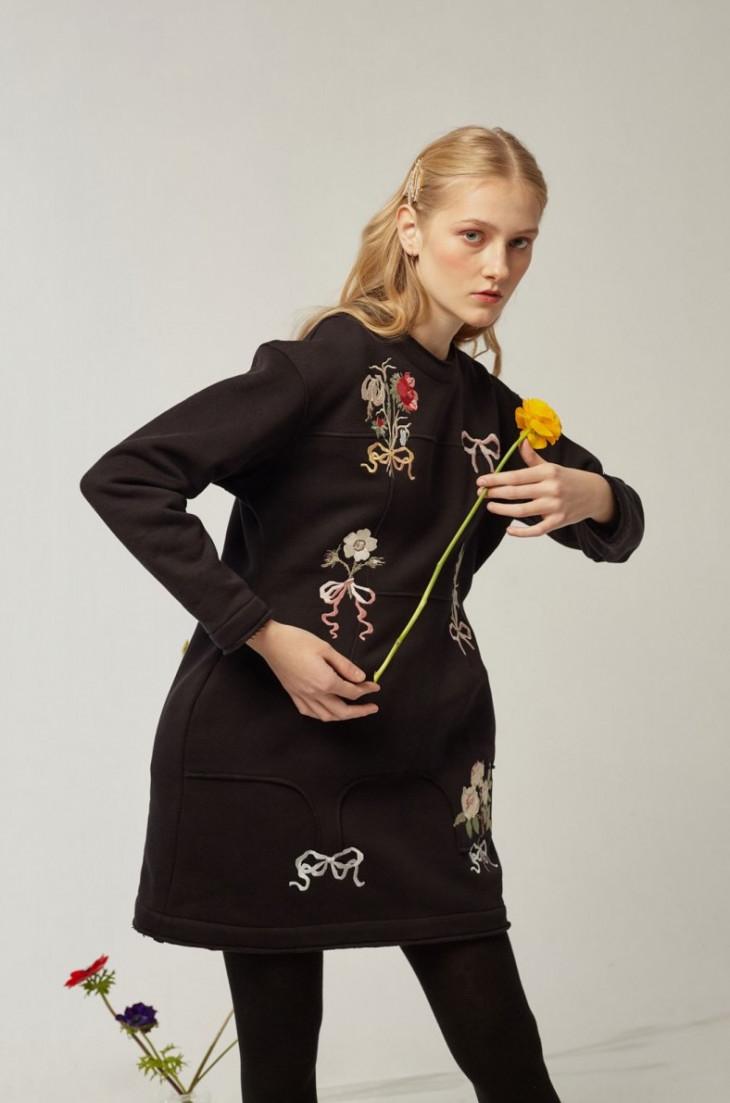 Модное весеннее платье 2019 с вышивкой