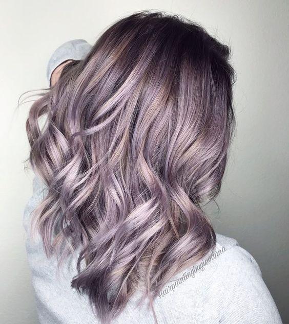 Лиловое окрашивание волос